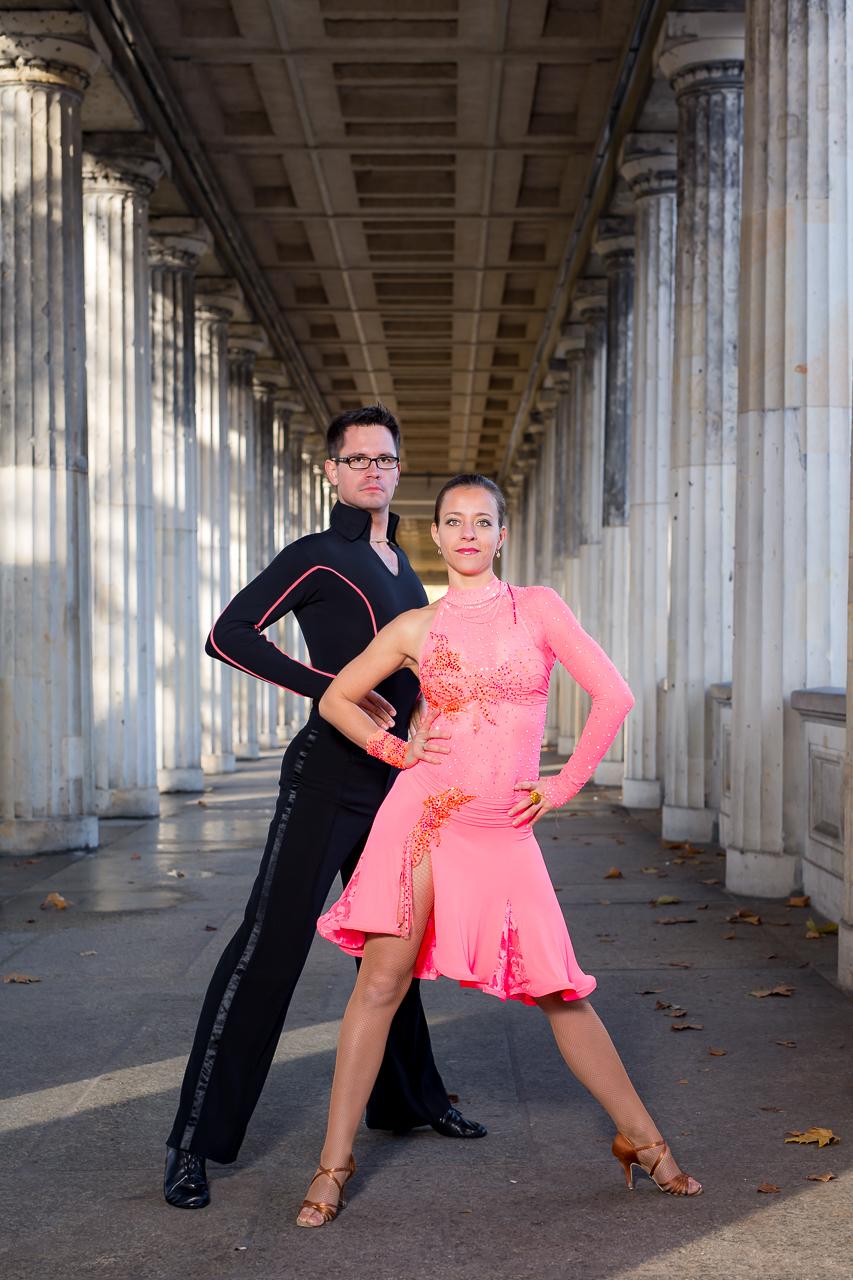 Turniertanz, Tanzunterricht, Fitnesscoaching, Workshop und Tanzshows in Berlin und Brandenburg
